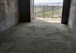 美麗家園電梯黃金樓層,112平毛坯,三房兩廳兩衛,南北通透,售47.6萬