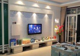 [爱心]滨江花园6楼,面积:139平,三房二厅二卫,南北通透,超大双阳台,精装修,拎包入住,售价45.8万 欢迎看房!