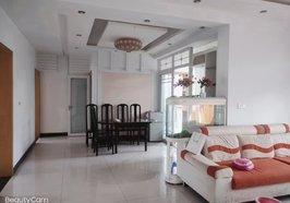 陽光城3樓,120平米,三室兩廳1衛帶衣帽間,精裝家具家電齊全,拎包入住,支持按揭,售51.8萬,有鑰匙,歡迎看房