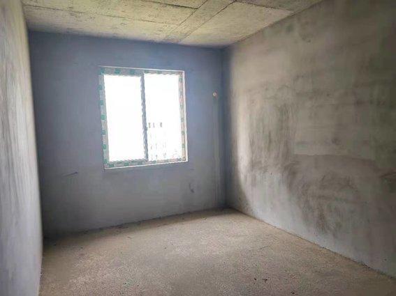 撿漏啦 南城嘉園步梯6樓131平3房2廳2衛毛坯房31萬一口價
