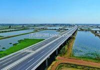洪监高速公路新滩至yabo下载互通段已初具雏形